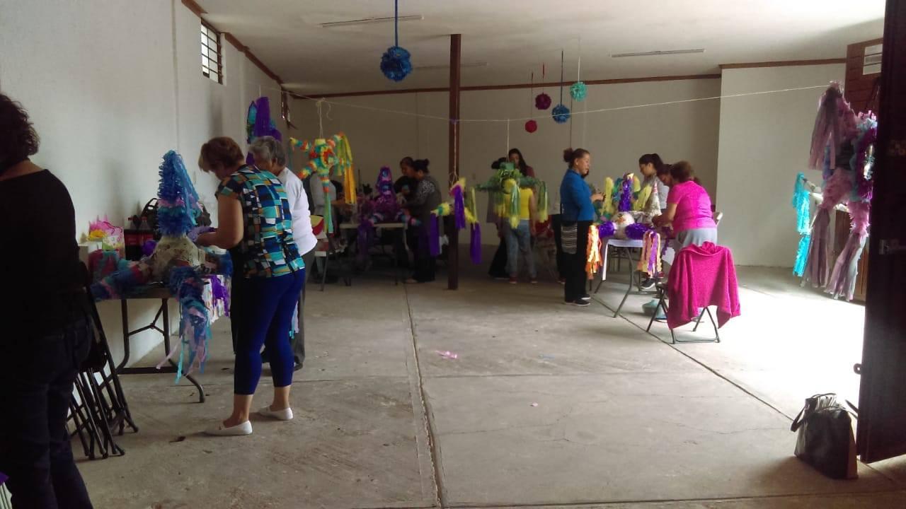 TRES-CRUCES_Taller-Socioproductivo-de-Cartonería__26-agosto-2019